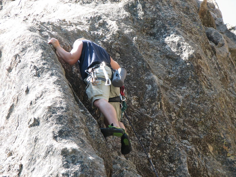 Rock Climbing Photo: Opening moves on the first pitch of Waves in the S...