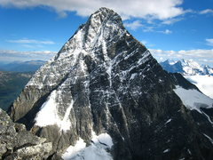 Rock Climbing Photo: North Face of Mt. Sir Donald. NW Arete forms the r...