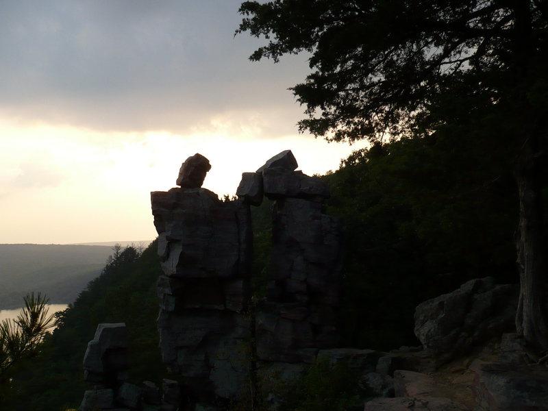 Rock Climbing Photo: Devil's Doorway