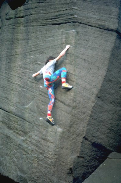 Rock Climbing Photo: Making the long reach out to the arete on The Knoc...