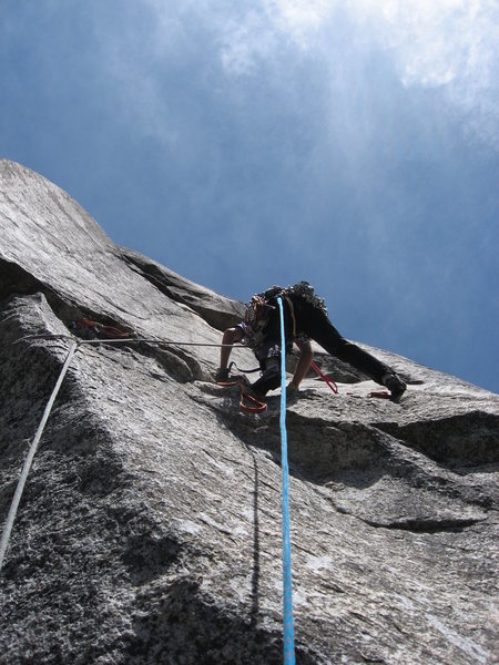 Rock Climbing Photo: leading the eleventh pitch.