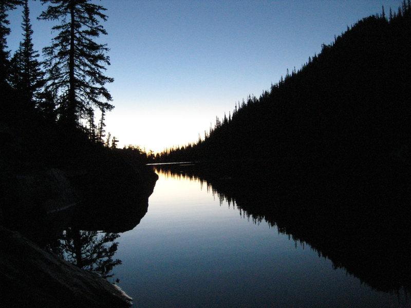 Rock Climbing Photo: emerald lake predawn