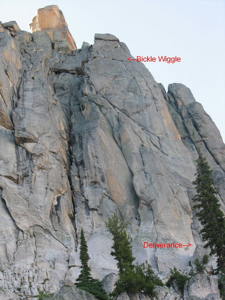 Rock Climbing Photo: The overview shot with the start and pitch 4 marke...