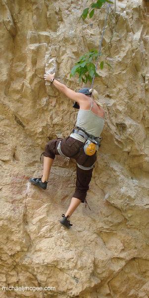 Rock Climbing Photo: Cruisin' the lieback.
