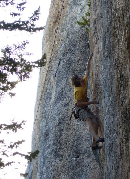 reaching for the peanut shaped pocket at the 6th bolt