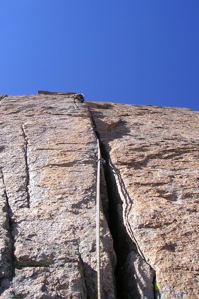 Paul Glover, most-ways up the wide crack.