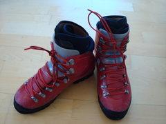 Rock Climbing Photo: scarpa omega