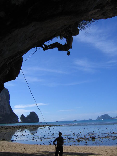 Rock Climbing Photo: paul hollingsworth pulling down