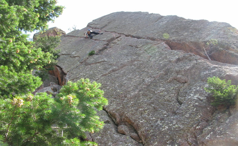 Rock Climbing Photo: Me on Deviant, found a nice stance to place gear h...