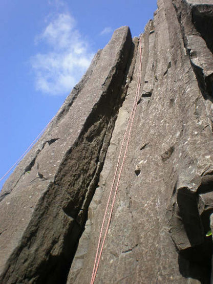 Rock Climbing Photo: Lookin' up at the Main Chimney