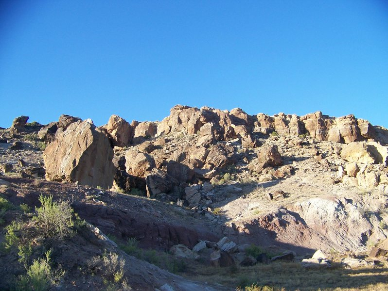 Rock Climbing Photo: Riggs' Hill.