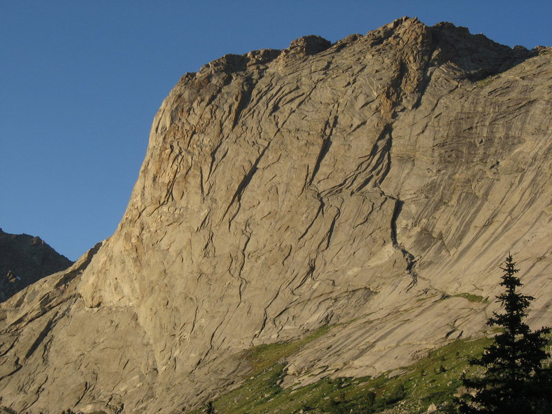 Rock Climbing Photo: North end of Haystack with the Major and Minor Die...