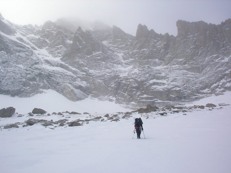 Eric Harvey en route to the Big Mac Couloir on 1/27/07, having just climbed the West Gully of Black Lake. Photo by Chris Sheridan.