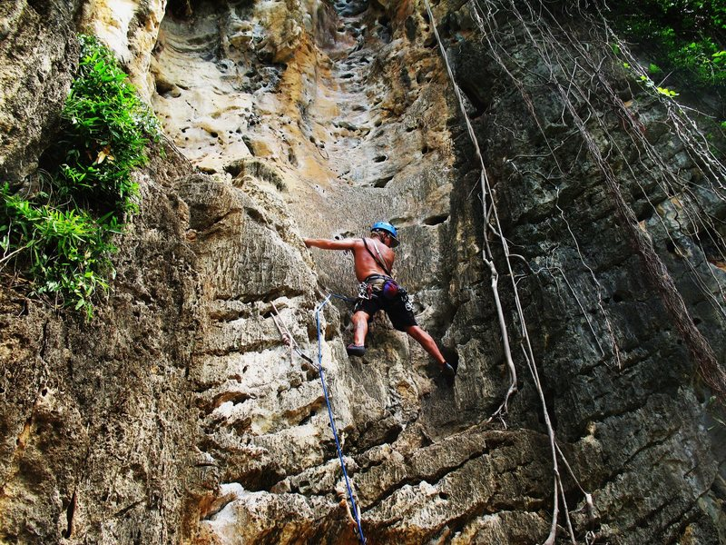 Rock Climbing Photo: Greg Martinez on Groove Tube