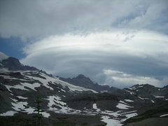 Rock Climbing Photo: Weather collecting over Little Tahoma