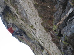 Rock Climbing Photo: EFR showing how to milk it: heel-toe footjam, high...