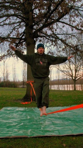 Rock Climbing Photo: slacklining