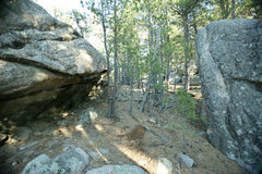 Rock Climbing Photo: A great arete problem Like v2 on opposite boulder ...