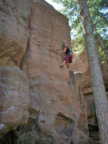 Rock Climbing Photo: Castlewood Canyon 5.9 solo! Scary!