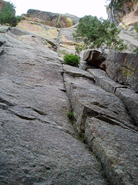 Rock Climbing Photo: The obvious line. Start by climbing the small left...