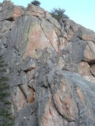 Rock Climbing Photo: A view of the splitter through the orange headwall...
