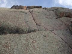 Rock Climbing Photo: Looking up at Edward's Crack