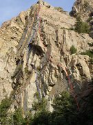 Rock Climbing Photo: The northwest face of Strone Crag.  Starstuck is m...