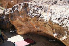 Rock Climbing Photo: Headbangers Cave Left Topo