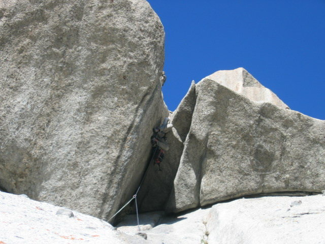 Last pitch of Spring Fever 8(+). Notice the pack being hauled below him, this is a good idea if you take on this man eater.
