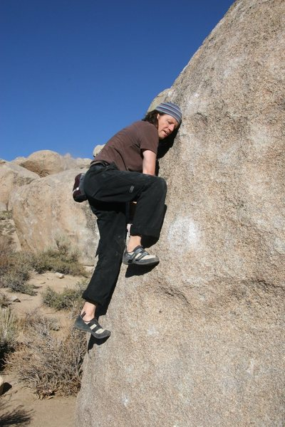 Rock Climbing Photo: In the middle of the Birthday Mantel, V0
