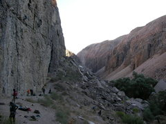 Rock Climbing Photo: The Great Wall on a busy October day.