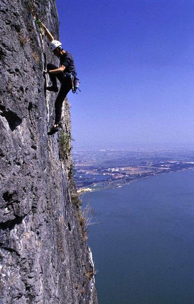 Wang Zhiming on the classic, Big Wonder, high above Dian Lake. Kunming in back.