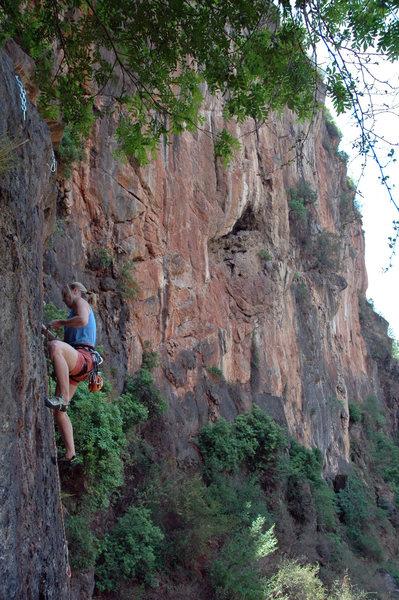 Rock Climbing Photo: Renee Mullen on Pot of Gold, Rainbow Wall.