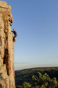 Rock Climbing Photo: Devils Lake. Final moves with the runout underneat...
