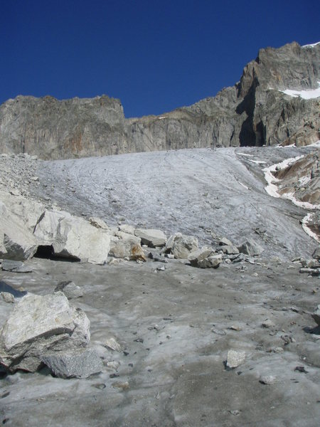 From the base of the Sidelen glacier, looking up towards the Galengrat