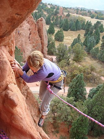 Rock Climbing Photo: climbing up to south end of kissing camels, the ga...