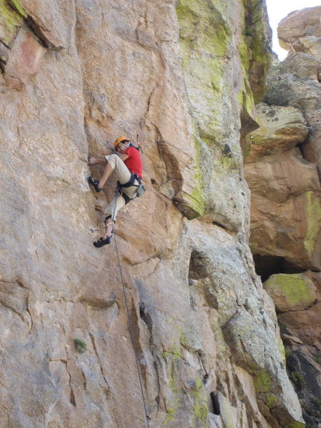 Rock Climbing Photo: Maite Guarda redpointing Two Kings and a Pawn 5.11
