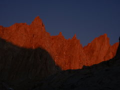 Rock Climbing Photo: Morning alpenglow on Mount Muir, S'Brutal Tower an...