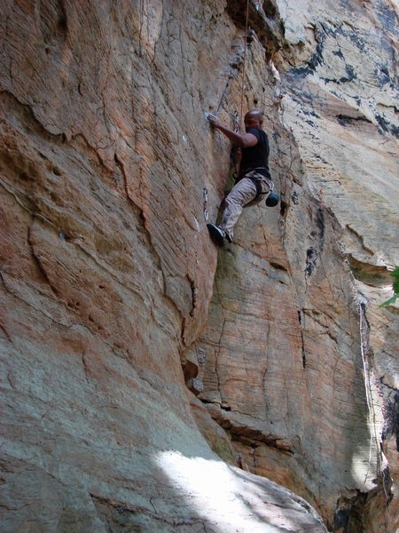 Rock Climbing Photo: Shantan on the lower section of Brief History.  Oc...