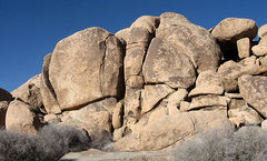 Rock Climbing Photo: John Yablonski Rock-Meteorite Crack area. Photo by...