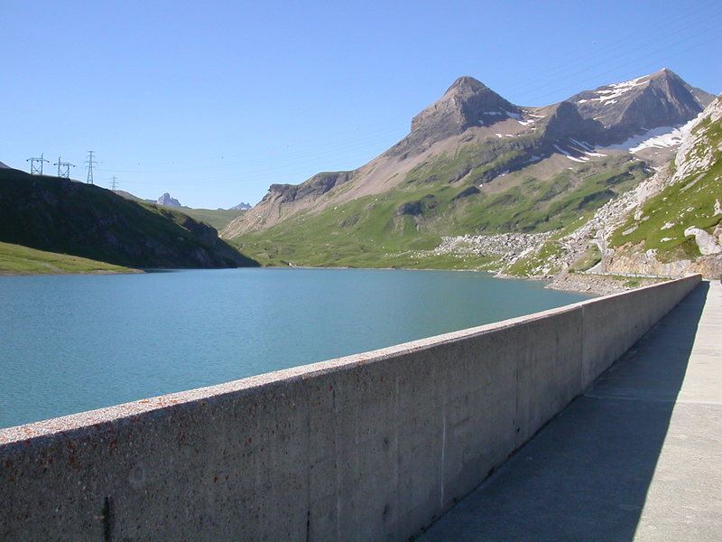 The Sanetsch dam, near the cable car.