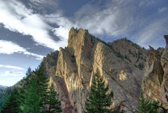 Rock Climbing Photo: Redgarden Wall with the Naked Edge in the sun. Nov...