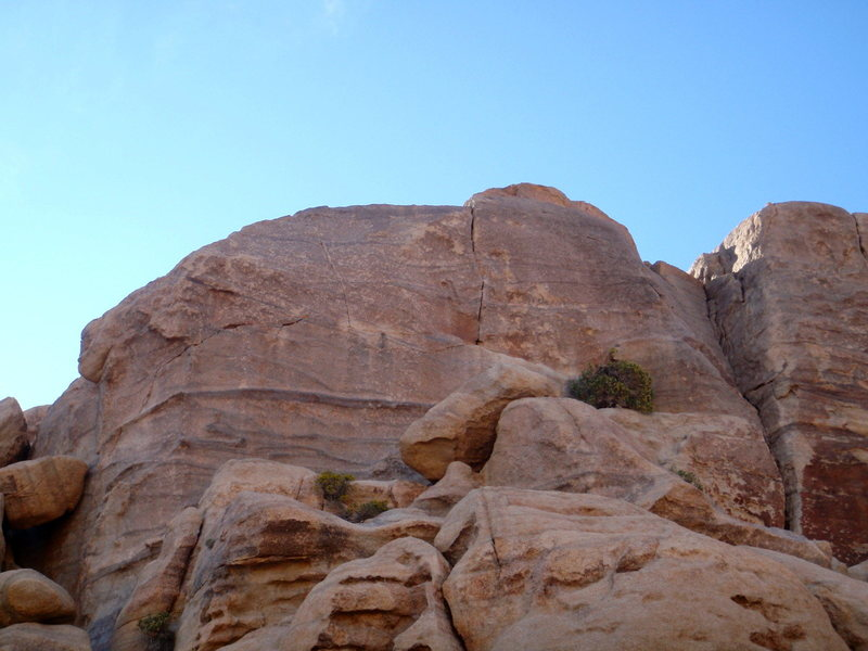Rock Climbing Photo: Corner N'Crack starts at the far left, and travers...