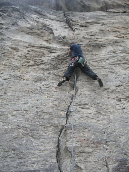 Rock Climbing Photo: Thor Husted on Hippie Crack 5.10-