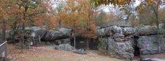 Rock Climbing Photo: Horse Pens 40! L/R Mushroom rock.... Stone Fort......