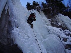 Rock Climbing Photo: Eric Sutfin on Pumphouse in very thick conditions ...