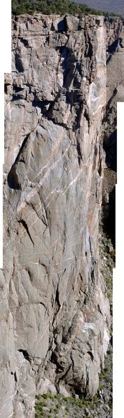 Rock Climbing Photo: The [Chasm] Wall [North Rim] from the South Rim Ro...