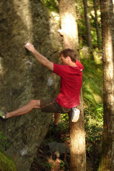 Rock Climbing Photo: Bouldering at the Black Forest, Washington Cascade...