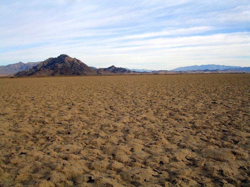 Rock Climbing Photo: Devils Playground Mojave National Preserve along t...