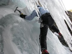 Rock Climbing Photo: Ice fall above Emerald Lake, RMNP on November 9, 2...